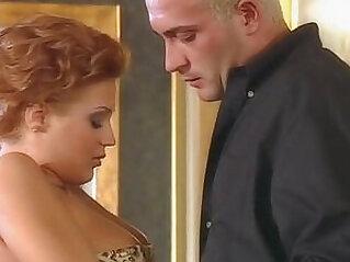 Natasha pylyp and loureen kiss