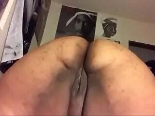BBW ebony twerk on cam