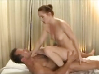Very sexy massage ends in creampie
